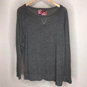 Nation long sleeve grey knit tee large